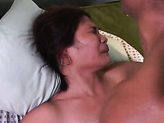 Cock riding slut from Manila receives a huge facial