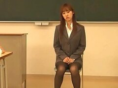 Maho Uruya Fucks Her Horny Teacher During Class