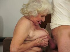 Stunning titty granny fuck in her puss
