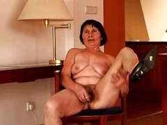 Very old granny dildo fun
