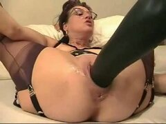 Mature housewife fists...