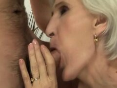 Old granny pussy licked afer sucking cock