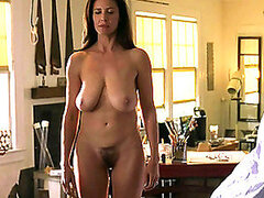 Nicely-shaped woman with big natural boobs comes for massage
