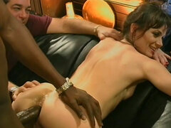 Black guy drills white pussy great. Homemade video. Cuckold