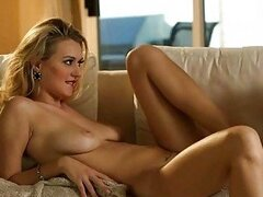 Hot bombshell Natalia Starr sit on cock