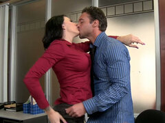Curvy brunette secretary Juelz Ventura blows her chief s