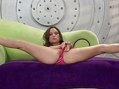 Contortionist babe enjoying big cock in her mouth