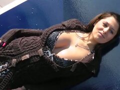 Busty babe seduced by guy to fuck on park