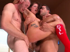 Nasty brunette slut Casey Cumz gets double penetration