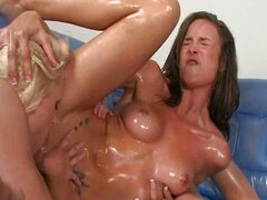 All out pussy licking orgy ensued