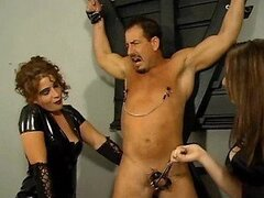Dominatrix Aurianna Makes Her Sex Slave Feel her Strict Discipline