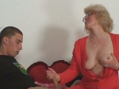 Wife finds him fucking mature