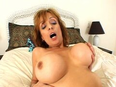 The busty slut get fucked by a stiff dude