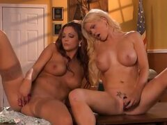 Alexis Ford & Jayden Cole, This Ain''t Jaws 3D XXX