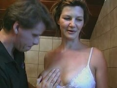 Pregnant Housewife hooked up from Street - GERMAN