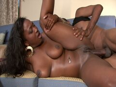 Chocolate babe bangs her man