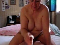 Fat grandma of of my wife gives me a nice handjob