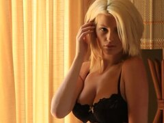 Beautiful blondie Stephanie Branton gives a hot show