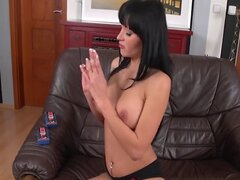 Pornstar Emma strips and plays with her HotGVibe