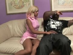 Hood slut deepthroats a hard black dick
