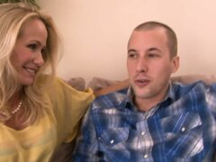 Horny blonde cougar gets eaten out real good by her eager boy toy