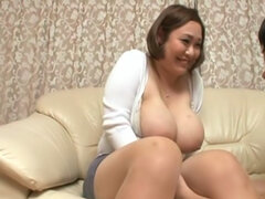 Busty asian hottie Reiko Yumeno gets nasty in hardcore