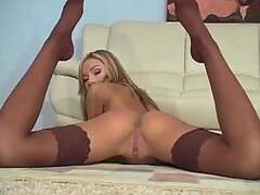 Amy Reid in stockings wants you to masturbate