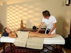 TrickySpa Latina Blows Sneeky Masseur