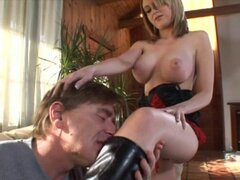 Darryl Hanah & sexy MILF mixing Foot Femdom with Blowjob