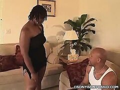Hot BBBW Tiger Gets It On