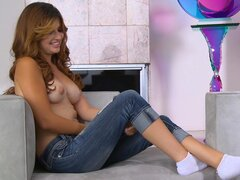 Natasha Malkova fucking her nice pussy with pleasure, enjoy