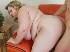Fat bitch fucked in her slutty pussy