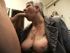 Murielle a chubby French mature...