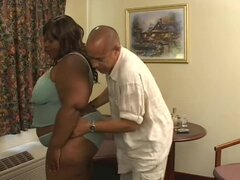 Banging black BBW in hotel room