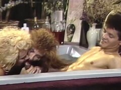 Hot vintage threesome fuck in jacuzzi