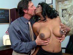 Ebony Nyomi Banxx love to suck Tommy Gunn's cock