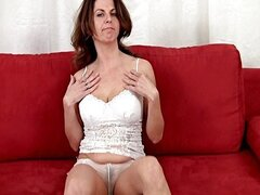 Patris ... Nasty Mature Masturbating