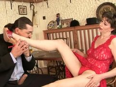 Mature slut Judyt gets her hairy pussy fucked from behind