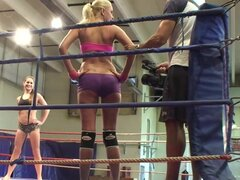 Backstage Vid of Amazing Catfight