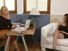 Silvia Saint interviews sexy babe Silvy DeLuxe and estimates her body