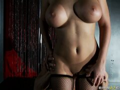 Whore with a shapely and fit body gets her pretty face creamed