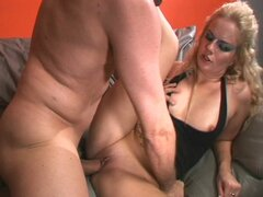 Furious blonde momma gaping hole fully loaded