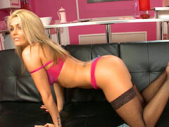 Arousing blonde hottie in naughty solo