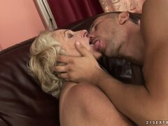 Granny gets her old pussy licked and gives a young man bone head