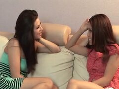 3 Sexy Girlfriends Eat Sweet Pussy