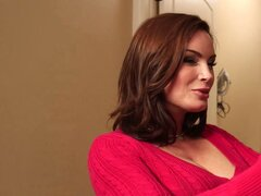 Horny mom Diamond Foxxx seduces...