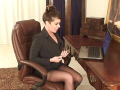 Hot office mom uses both hands to cum