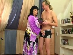 Skinny young dude fucks fat mature woman