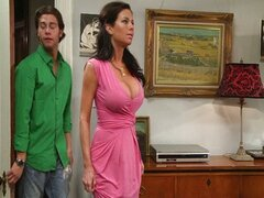 Mothers & Sons - Veronica Avluv