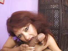 An Impressive Blowjob From The Latin Milf Flor